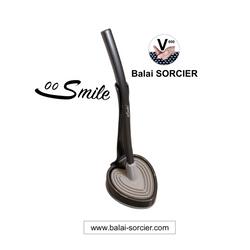 Brosse WC plate à picots V Smile Balai SORCIER. Une révolution pour l'hygiène de vos toilettes!