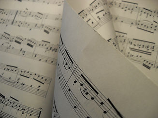 sheet-music-277277_1920.jpg