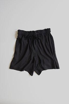 Black high-waisted short