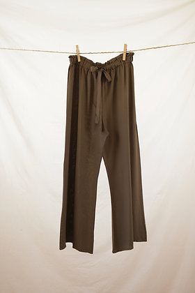 Olive green high-waisted pant