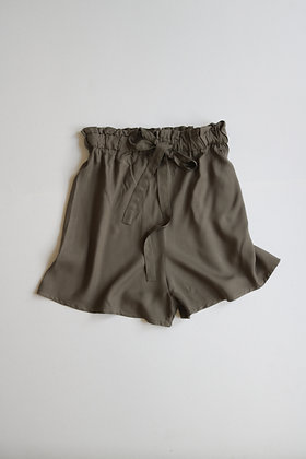 Olive green high-waisted short