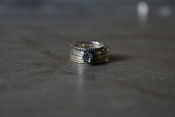 Diamond raw crystal ring