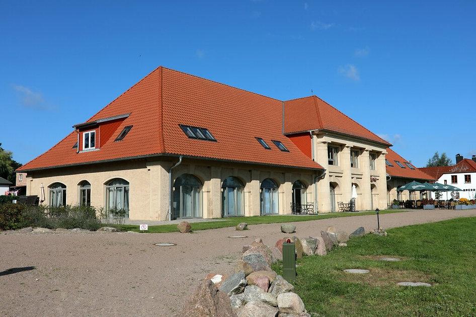 Schloss am Haff Remise Stolpe auf Usedom. Marstall. last minute Ferienwohnung