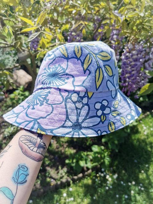 "Reversible Vintage Floral Bucket Hat - 22""-23"""