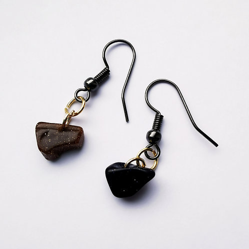 Black Antique Dangle Earrings - Black and Gold