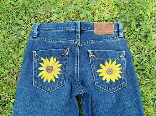 Skinny Jeans with Sunflowers