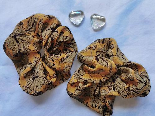 Large Scrunchie - Autumn Petal