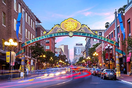 gaslamp-sandiego_edited.jpg