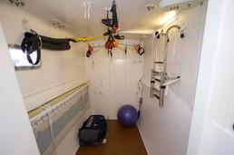 Port forward cabin (exercise room)
