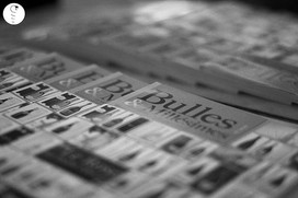 Première Edition Trophées du Champagne le 16 octobre 2015 à l'Hôtel de Ville d'Epernay initié par Bulles et Millésimes, le magazine des Vins de Champagne en association avec Cochet Concept et le soutien de Agence White Velvet ainsi que nos partenaires Crédit Agricole Nord-Est et Sparflex. Accueillie par Monsieur Le Maire Franck Leroy, la Champenoise de l'Année 2015 Amélie Nothomb s'est vue remettre une oeuvre créée tout spécialement par l'artiste Raphaël Laventure. Un tableau incarnant sa passion pour le champagne. Une soirée placée sous les bulles d'or avec un maître de cérémonie que nous remercions Dominique Lebrun.