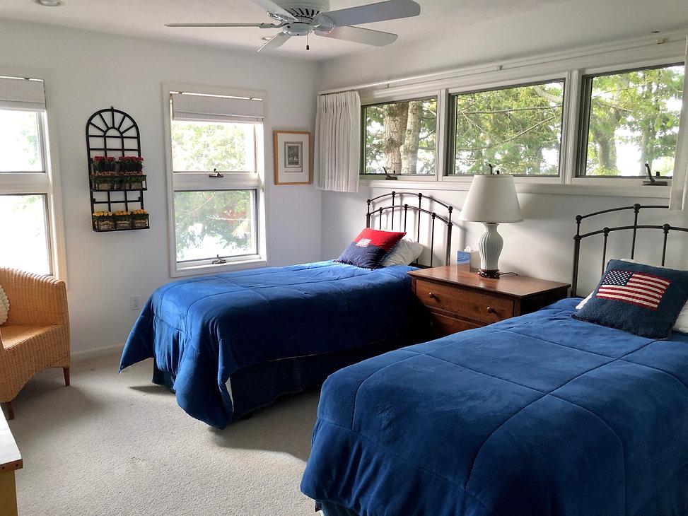 10 2nd floor twin bed room.jpg