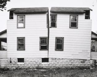 Gordon-Matta-Clark-Splitting-1974-Englew