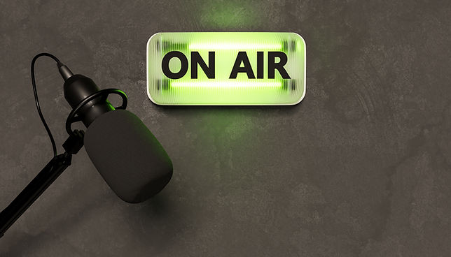 vecteezy_green-neon-sign-with-the-word-on-air-and-studio-microphone-3d-rendering_2264205.j