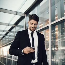 Layn-forretningsmann-digital-kø.jpg