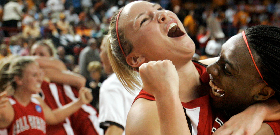 womens basketball main 5.jpg