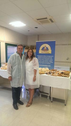 Jefe del Dpto. de Calidad, visita a nuestro proveedor de pan Ecológico.