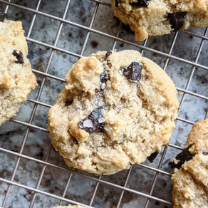 Almond Flour Salted Chocolate Chip Cookies