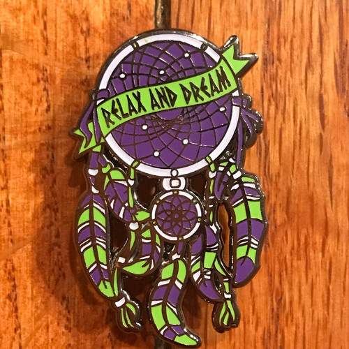 Relax and dream catcher pin vgubb