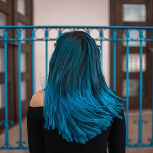 adult-back-view-blue-1510542.jpg
