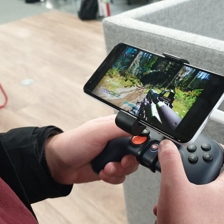 Play Console and PC Games on Your Phone Using Amazon, Google, Sony or Nvidia