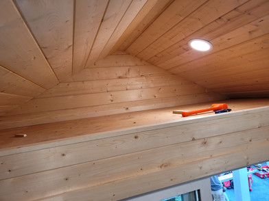 10W x 12D RANCHER STYLE SHED INTERIOR