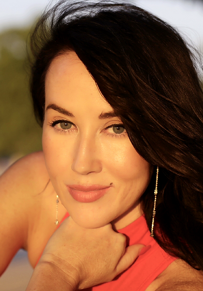 Kassaundra Stephens - Makeup Artist & Ha
