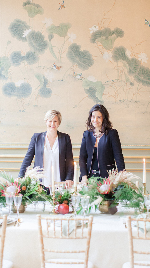 American run and bilingual, this popular planning company has been creating exceptional weddings in France and beyond since 2006. Once their vision is set,they manage the detailsof the vendors coordination and timelines toset the stage for your flawless event.