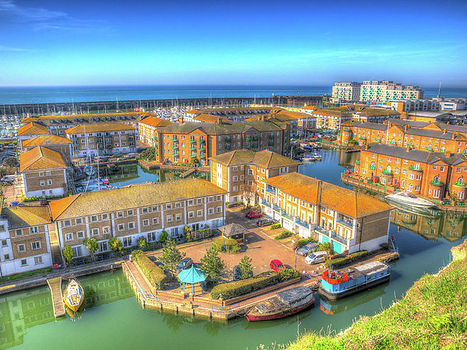 brighton-marina-harbour-and-boats-and-ya