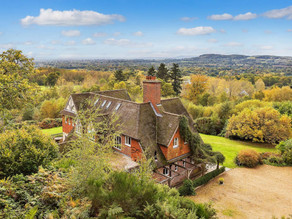 Surrey Country House - Filming & Photoshoot Location