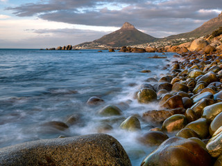 Lions Head with long exposure foreground