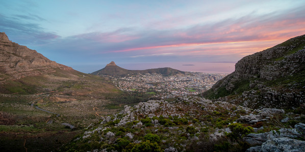 Sunrise over Cape Town city bowl