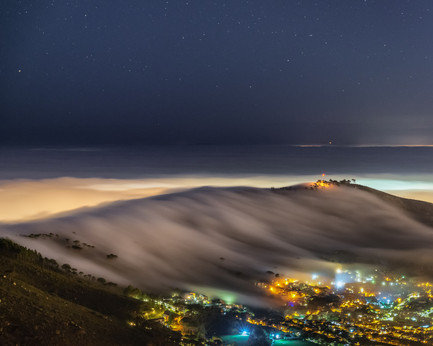 Low fog over Signal Hill