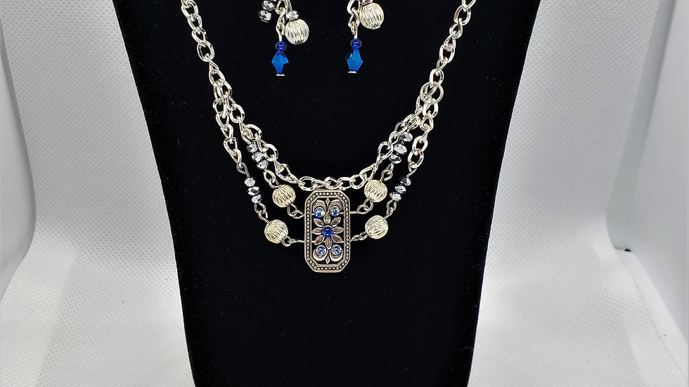 Southwest Sparkly Bead Rhinestone Dark Blue and silver Set