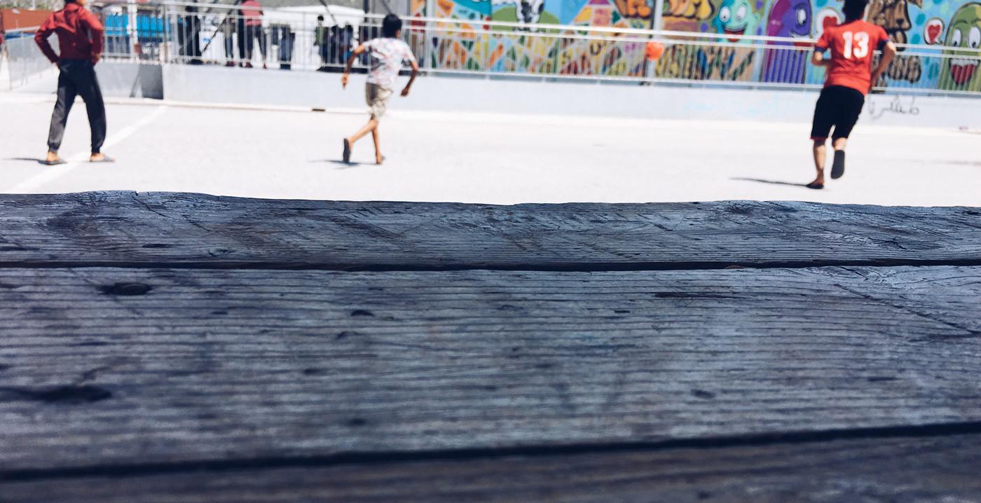Ragazzini-ospiti-dello-Skaramangas-Gioca