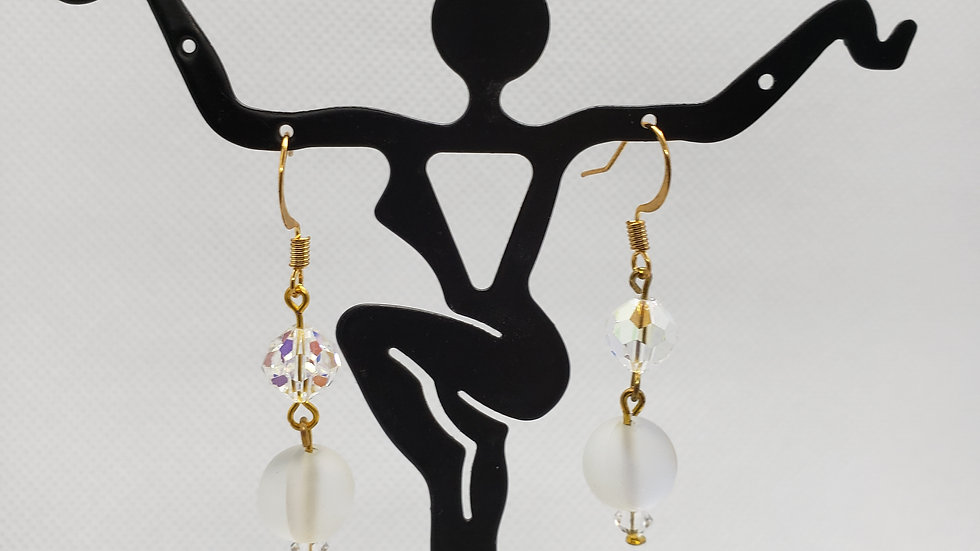 Beautiful sparkly pearl earrings