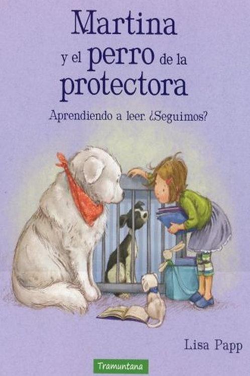 Martina y el perro de la protectora, aprendiendo a leer, seguimos?