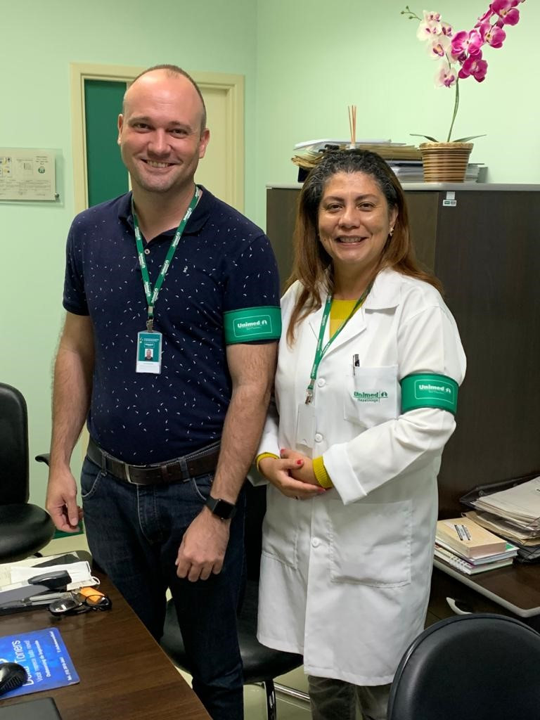 Lucas Giannola e a Dra. Giselle Dominguez