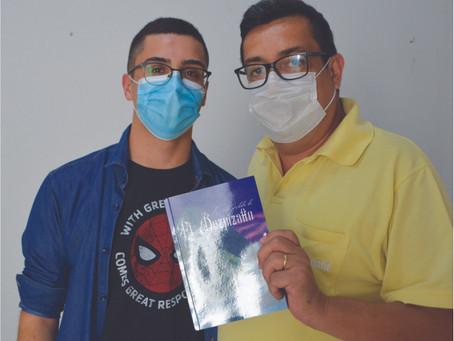 Estudante de Itapê lança seu primeiro livro