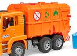 BR1:16 MAN TGA Garbage truck orange, rear loading