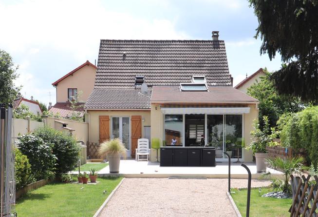 extension villa