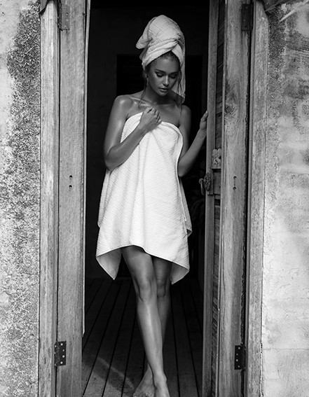 Towel-Doorway-BW.jpg