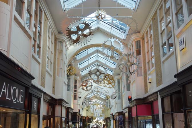 007 : Burlington Arcade
