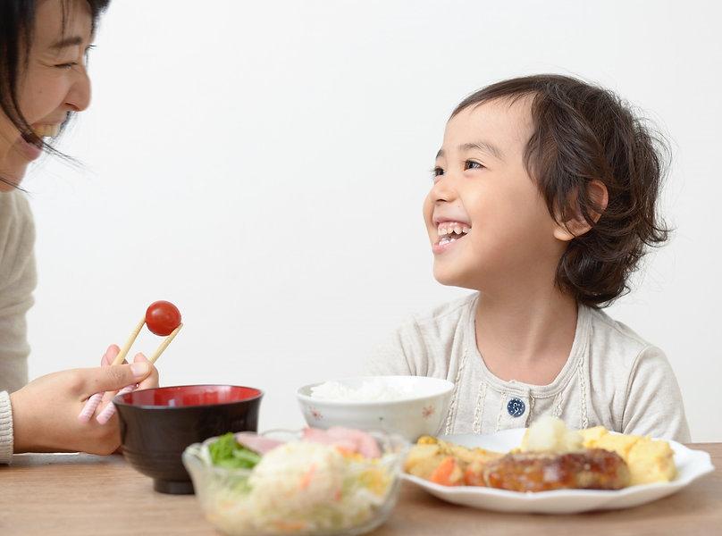 安心で安全な美味しい食事をつなげるイーデライツ