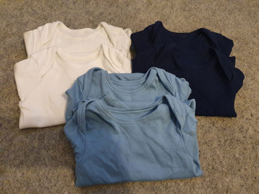 6 Long sleeve vests 9-12m