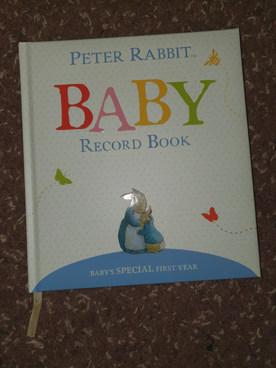 Baby record book (Peter Rabbit)