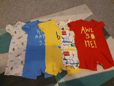 Summer rompers 9-12m