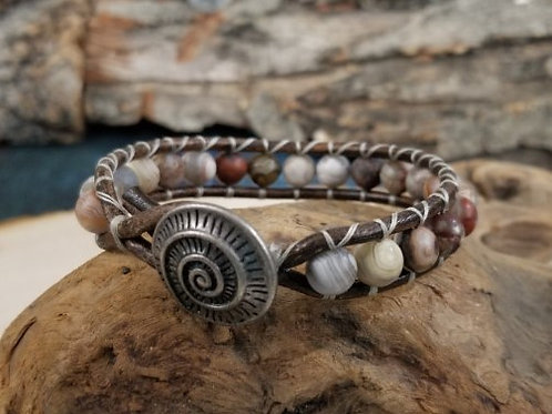 Matte Agate with Spiral Button