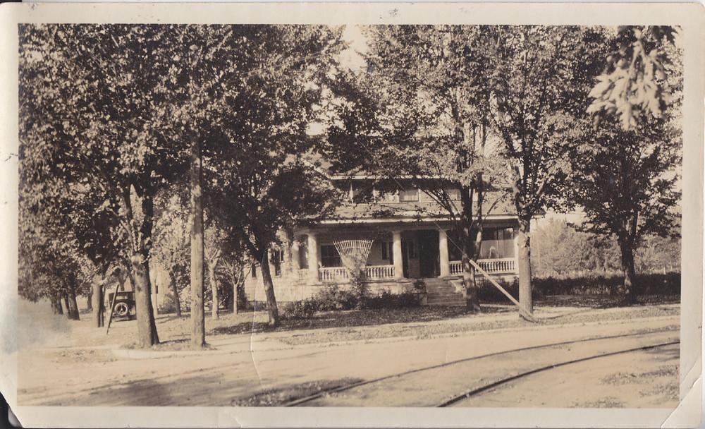 Atkinson Family, Sept 18th, 1925