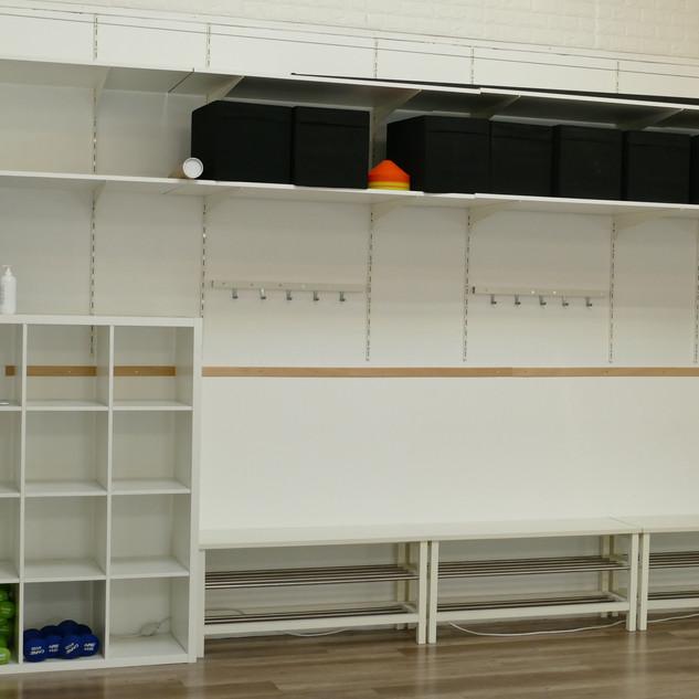 Vestiaire et rangement salle de yoga , danse , Pilates , fitness
