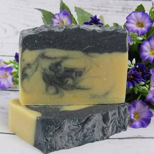 Goats milk & Charcoal soap- fresh linen fragrance